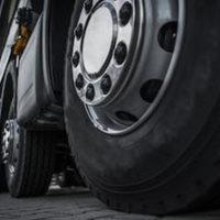 Tire_truck